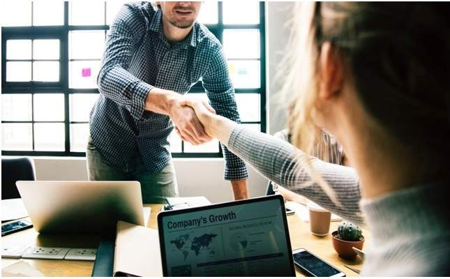 Small Business Ideas for Young Couples
