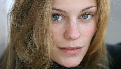 Cassidy Freeman Networth